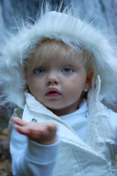 Kız modeli Ira Brown
