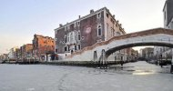 В Венеции замерзли каналы